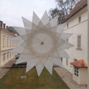 Šestnácticípá hvězda velká
